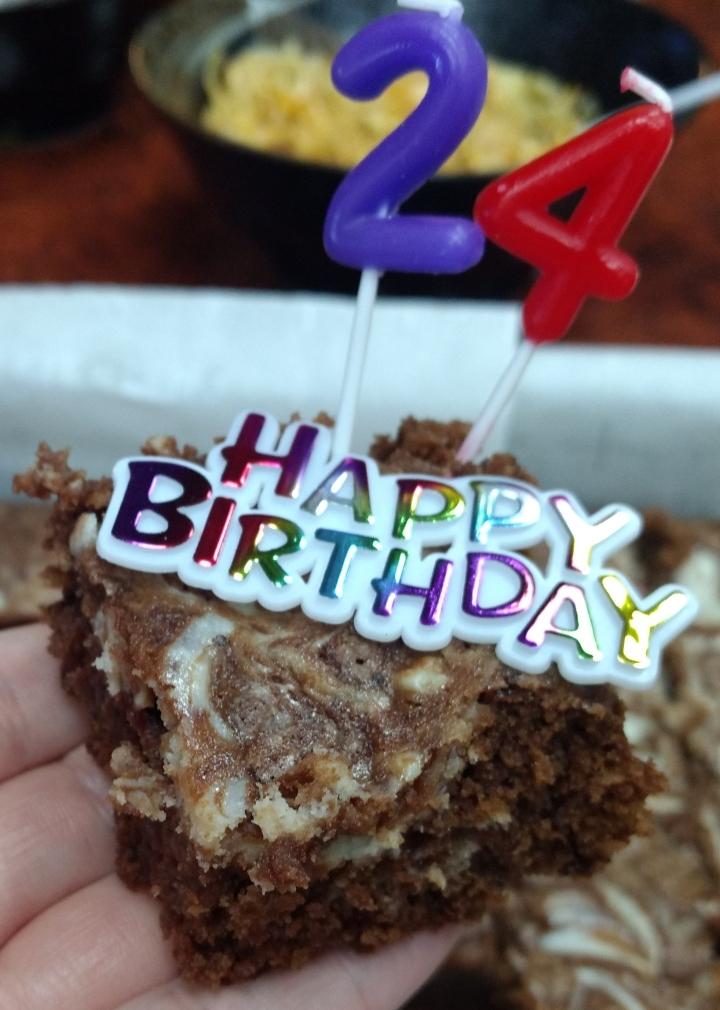 Cheesecake Swirl BirthdayBrownies!